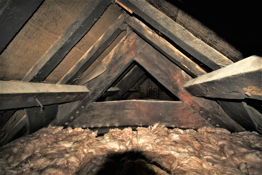 FIFTEENTH CENTURY ROOF SPACE WITH LATER ALTERATIONS - Nicholson Price Associates