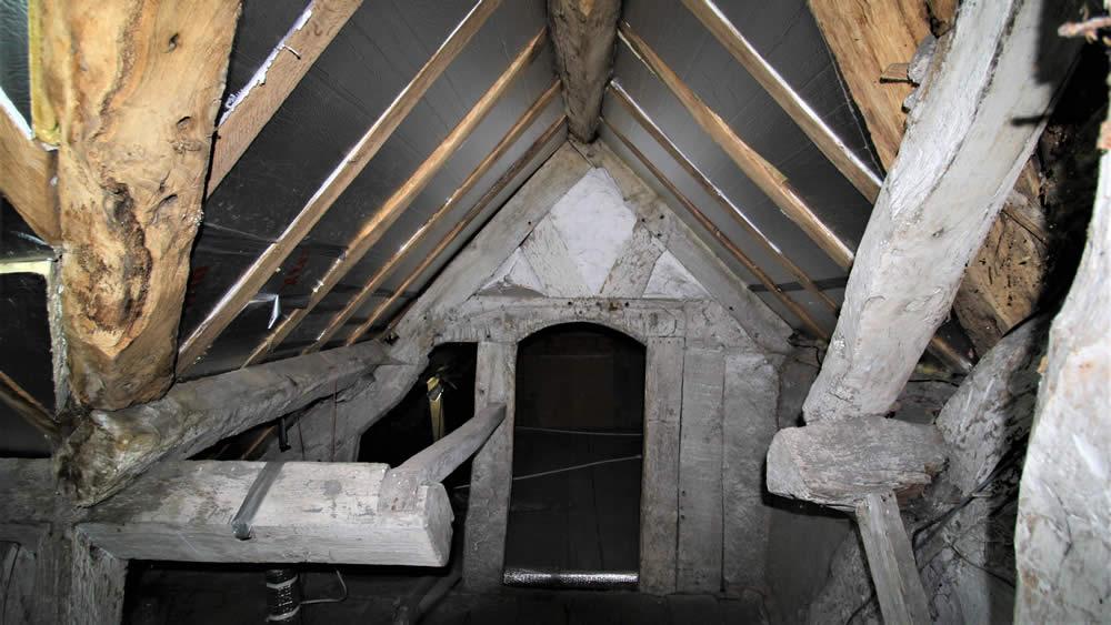 Early 19th century attic room - Nicholson Price Associates