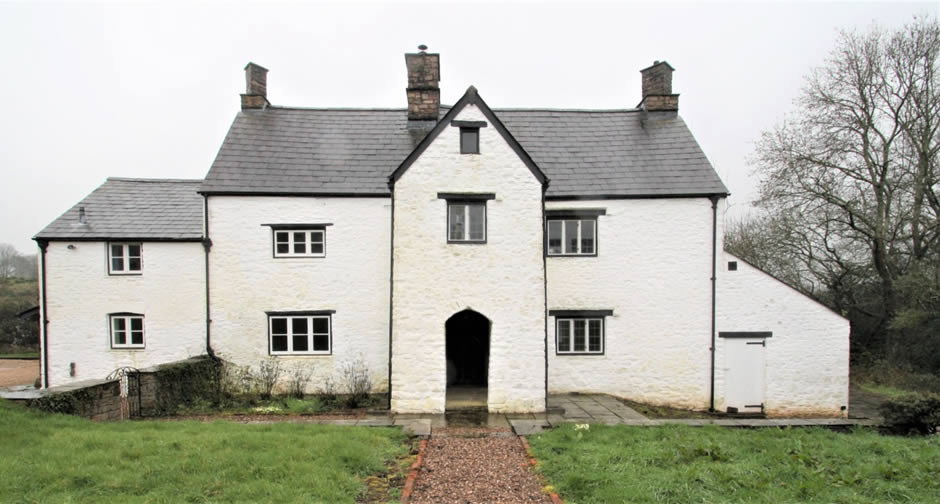 Grade II* C17 Monmouthshire Farmhouse - NPA