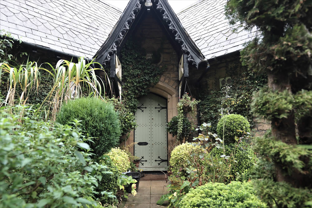 The Lodge at Arrow Park Wirral Grade II Listed Building
